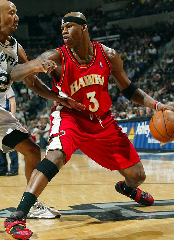 The young Hawks, featuring Josh Smith, Josh Childress and Al Harrington, struggled at both ends as Mike Woodson received some hard lessons in his first season as a head coach. Atlanta won three times in its final 34 games.