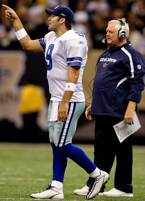 Romo earned back-to-back Pro Bowl honors in 2006-2007.