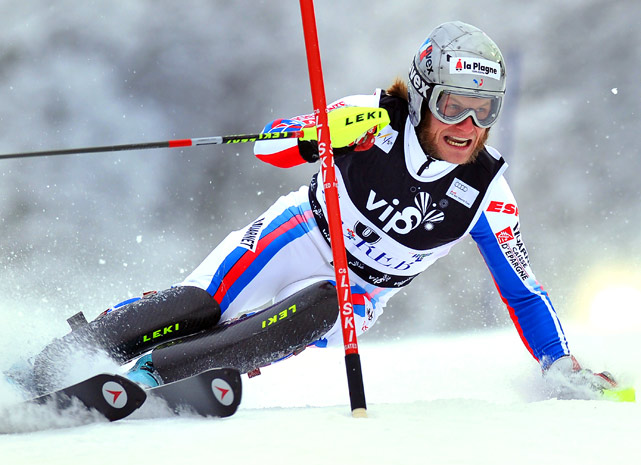 France's Julien Lizeroux clears a gate during the first run of the men's FIS World Cup slalom race in Sljeme, some 10 kilometers from the capital Zagreb on Jan. 6. Lizeroux finished third in the event.