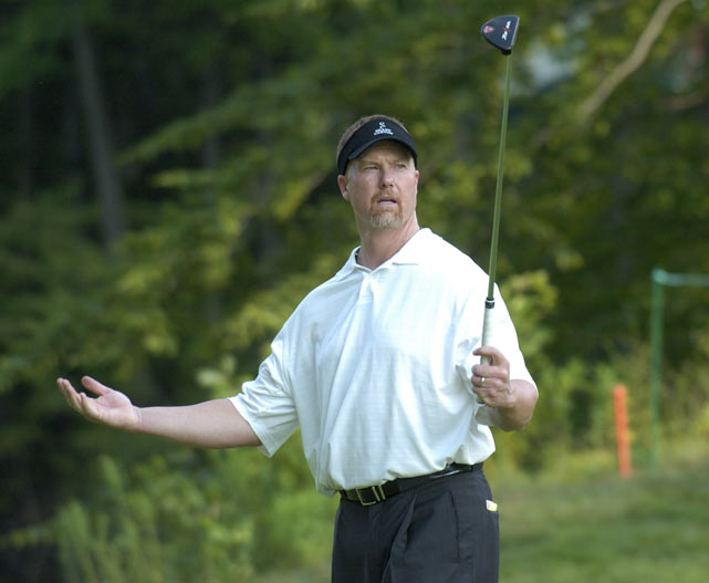 McGwire shows off his golf skills during theWestern Amateur in Benton Harbor, Mich.