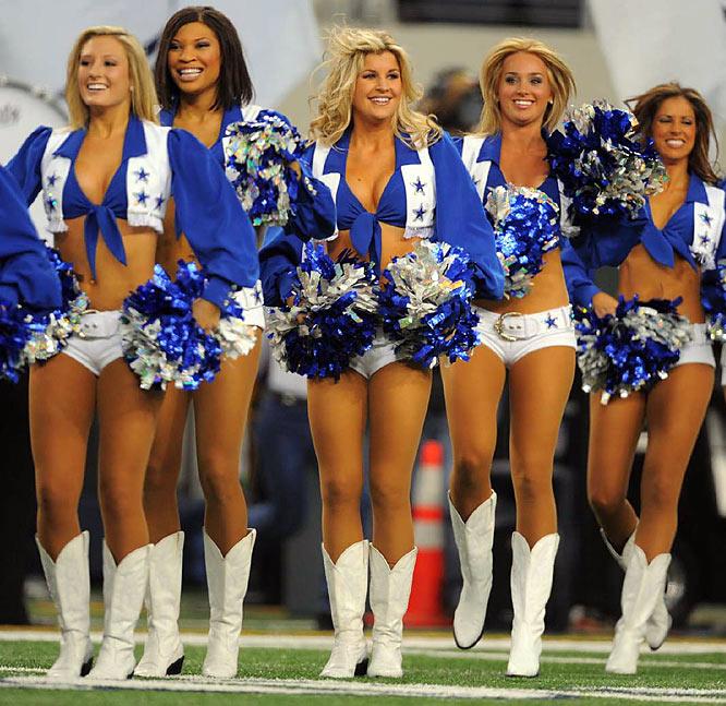 San Diego Chargers Cheerleaders Pictures: NFL Cheerleaders: Week 17