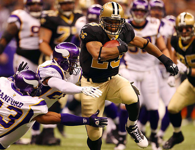 Another brutal overtime loss for the Vikings in a championship game. With the game tied and Minnesota close to field-goal range in the waning seconds of regulation, Brett Favre throws across his body on third down and is intercepted by Tracy Porter. The Saints win the toss to start overtime and Drew Brees leads New Orleans into range for Garrett Hartley's game-winning 40-yard FG to send the Superdome into pandemonium.