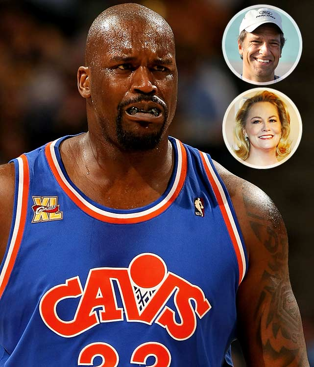 """I just met two superstars in a row mike rowe from dirty jobs and cybil sheperd, I forgot to get there autographs aaaaaaaaggggh whhyyyyyy"" (Jan 12)    It's nice to know even Shaq asks for autographs."
