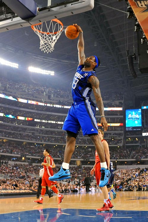 With 108,000 fans in attendance -- the most at any basketball game -- at Cowboys Stadium, the 2010 All-Star Game ended the weekend on a much higher note than it started. In what turned into a dunk-a-thon (they had to make up for the lackluster dunk contest a day earlier), the game went down to the wire as the West tied it in the final seconds.<br><br>But when the final buzzer sounded, the East picked up a 141-139 victory, and Dwyane Wade left Dallas with an MVP trophy in hand. Here are some of the best shots from the league's big game.<br><br>