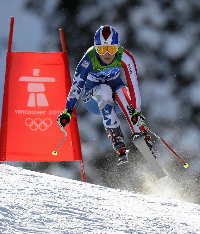 Vonn sped down the hill in a time of 1 minute, 44:19 seconds, about a half-second ahead of fellow American Julie Mancuso. (oppv-10318)