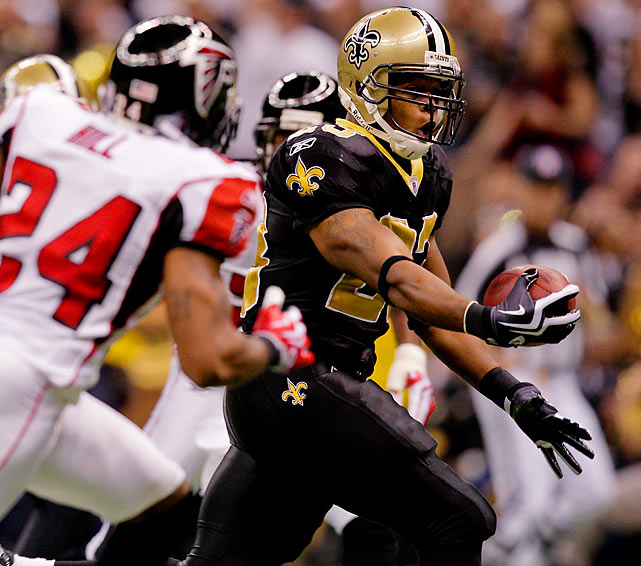 The Falcons put up a fight, but couldn't keep up as Pierre Thomas scored twice and Drew Brees threw for 308 yards and two touchdowns in the 35-27 win. The Saints tied the best start in franchise history (7-0).