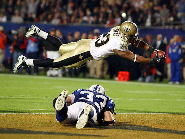 A screen pass to Pierre Thomas on the drive that followed the successful onsides kick led to this touchdown and a 13-10 New Orleans lead.