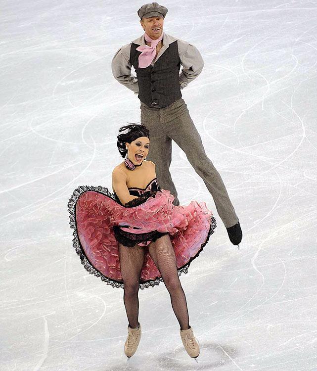 France's Isabelle Delobel and Olivier Schoenfelder.