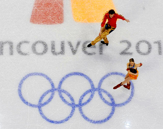 France's Natalie Pechalat and Fabian Bourzat.