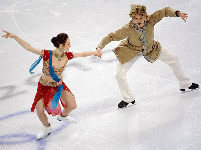 Americans Meryl Davis and Charlie White are in second place headed into the free dance.