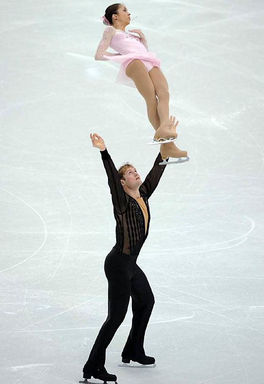 Russia's Vera Bazarova and Yuri Larionov.