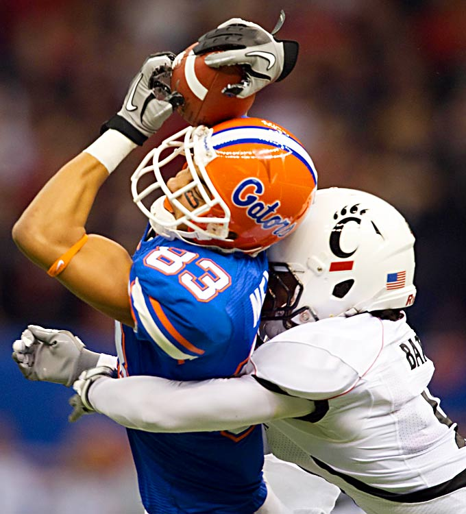 David Nelson was one of six Florida Gators to make at least two catches against Cincinnati's overmatched defense.