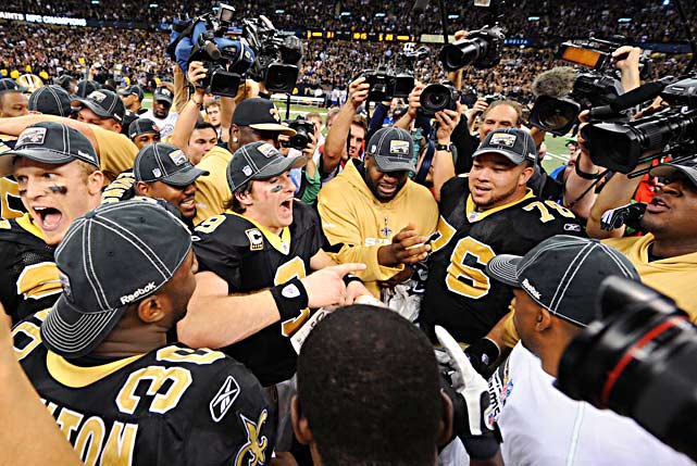 Drew Brees leads the Saints in a rousing chant of Who Dat!