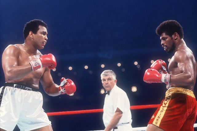 Leon Spinks beats Muhammad Ali in 15 rounds to capture the heavyweight boxing title.
