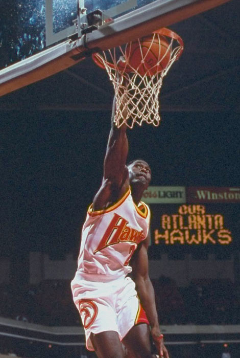Dominique Wilkins scores 34 points to help Atlanta defeat Seattle 118-109, becoming the Hawks' all-time leading scorer (20,885 points). Hall of Famer Bob Pettit previously held the franchise scoring record.