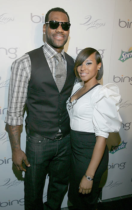 As the fashion world dissects the styles from Sunday's Academy Awards, SI takes a look at athletes on the red carpet through the years. <br><br>LeBron James and his girlfreind Savannah Brinson on the red carpet at the 4th annual Two Kings Dinner, a benefit hosted by James and Jay-Z.