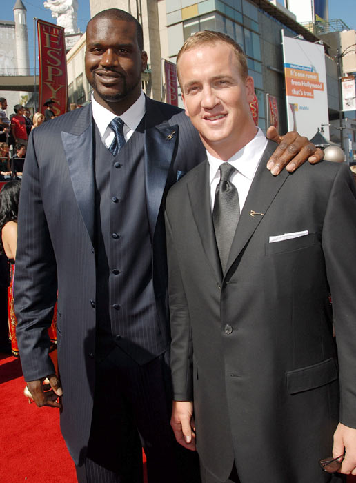 Shaquille O'Neal and Peyton Manning arrive at the 2007 ESPY Awards.