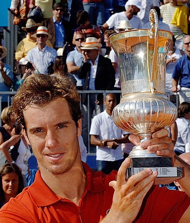 def. Fernando Verdasco, 6-3, 5-7, 7-6(5) ATP World Tour 250, Clay, €398,250 Nice, France