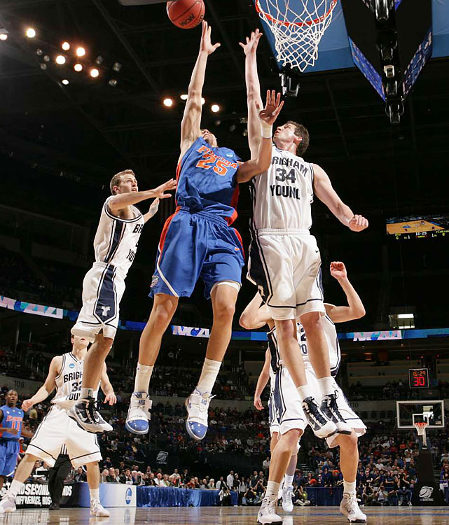 Florida's Chandler Parsons finished with 20 points and 10 boards.