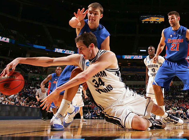 BYU sophomore Noah Hartsock chipped in eight points, along with some scrappy play.