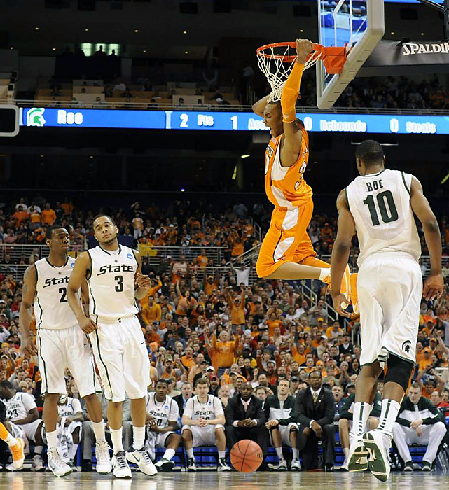 J.P Prince (No. 30) finished 5-of-5 from the field and was one of four Vols in double figures with 12 points. Tennessee, which made its first six shots from the field, was making its first appearance in a regional final.