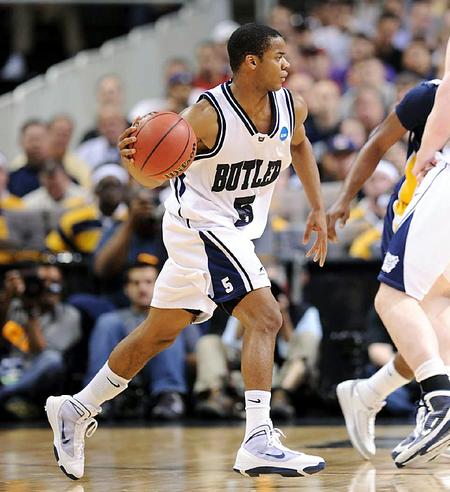 Ronald Nored's (No. 5) three-point play snapped a tie with 25.4 seconds left, and fifth-seeded Butler narrowly evaded a second stunner by the 13th-seeded Racers in three days, advancing to the regional semifinals. Nored finished with a game-high 15 points to lead four Bulldogs in double figures.
