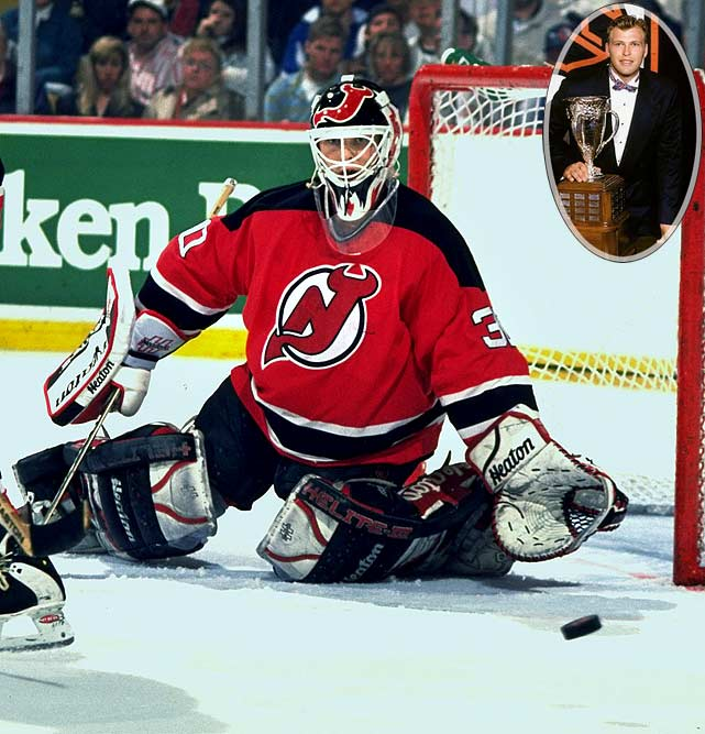 One of the greatest goaltenders of all time, Brodeur won the Calder with a 27-11-8 mark and 2.40 GAA, over Jason Arnott of Edmonton. (Defenseman Chris Pronger was also part of that rookie class.) A workhorse, Brodeur has won four Vezina Trophies, three Stanley Cups and holds the NHL career records for wins, shutouts and lowest GAA.