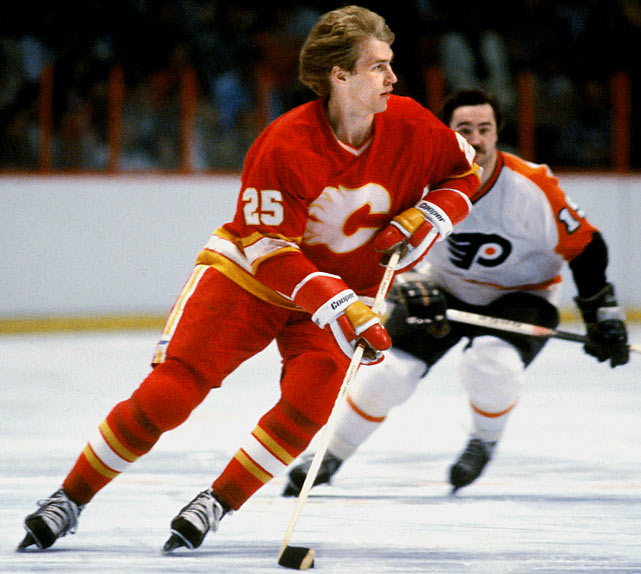 Sandwiched between Hall of Famers Bryan Trottier (1976) and Mike Bossy (1977) was this Paraguay-born forward who started playing hockey at age 13. Plett was drafted in the fifth round (80th overall) by Atlanta in 1975, and scored 33 goals and 56 points as a rookie, edging the Rangers' highly-touted Don Murdoch, who'd suffered a mid-season ankle injury. Plett approached or topped those totals only once before he was dealt to Minnesota in 1982. There, he was used for his size instead of his skill, filling the role of enforcer.