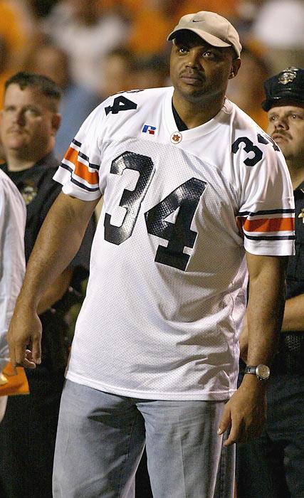Auburn alum Barkley watches the Tigers take on Tennessee at Neyland Stadium.