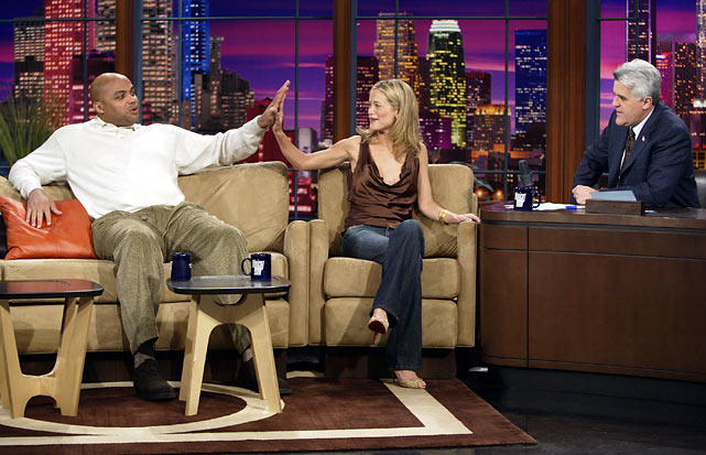 SI swimsuit model Carolyn Murphy compares hand sizes with Barkley on The Tonight Show with Jay Leno.