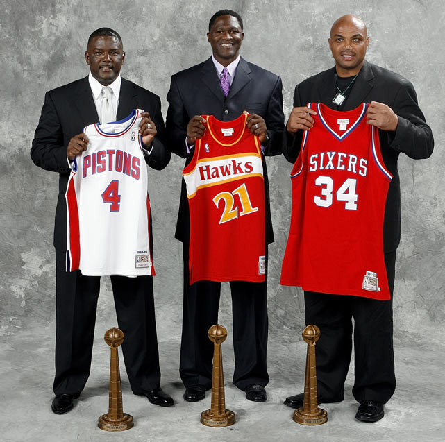 Barkley poses with fellow Hall of Fame inductees Joe Dumars and Dominique Wilkins prior to the 2006 induction ceremony.