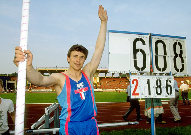 Sergei Bubka of the Soviet Union becomes the first pole vaulter to clear 20 feet.