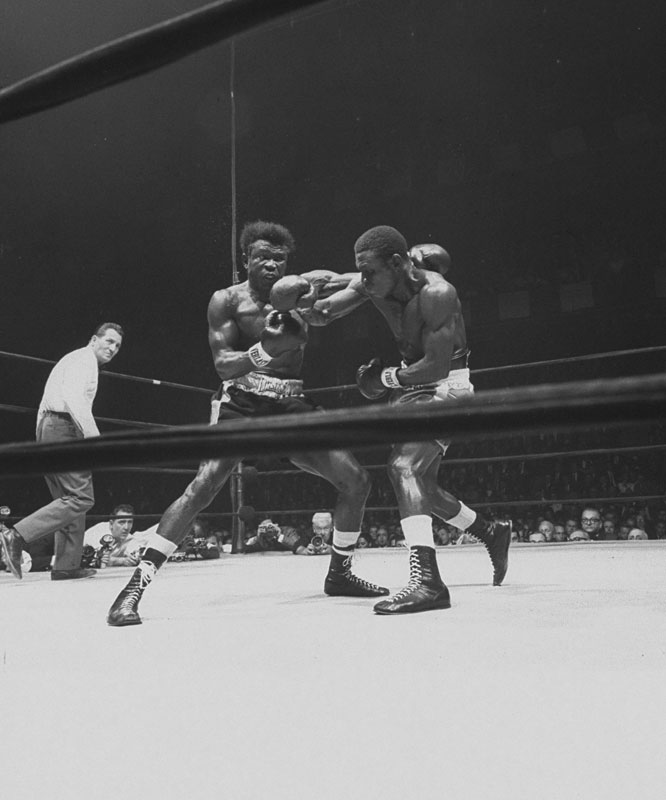 Mercante was in the ring when Griffith (left) defeated Tiger for the world middleweight championship at Madison Square Garden.