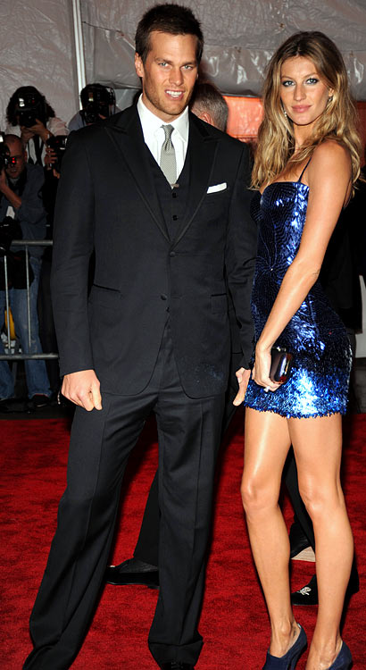 Being married to a model does have its perks, but Brady seemed to excel in Fashion 101 long before meeting Gisele.  He knows how to work jeans and a sweater and, for special appearances, a suit and tie.