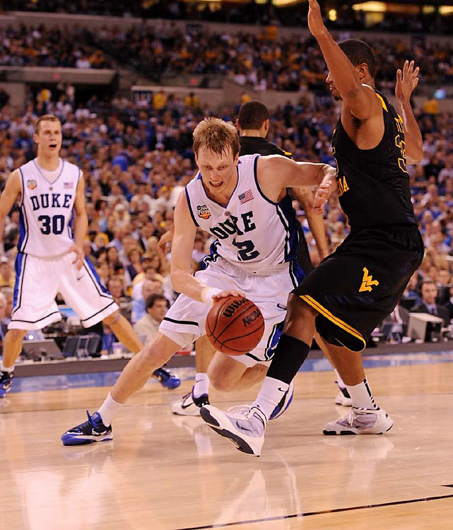 After scoring just 5 points against Baylor, Kyle Singler led Duke with 14 points in the first half.