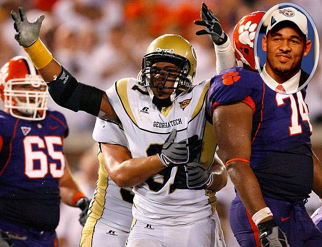 Round 	Pick 	Player 	Position 	School  1 	16 (16) 	Derrick Morgan (pictured) 	DE 	Georgia Tech 3 	14 (77) 	Damian Williams 	WR 	USC 3 	34 (97)  	Rennie Curran 	OLB 	Georgia 4 	6 (104) 	Alterraun Verner 	CB 	UCLA 5 	17 (148) 	Robert Johnson 	S 	Utah 6 	7 (176) 	Rusty Smith 	QB 	Florida Atlantic 6 	38 (207)  	Myron Rolle 	S 	Florida State 7 	15 (222) 	Marc Mariani 	WR 	Montana 7 	34 (241)  	David Howard 	DT 	 Brown