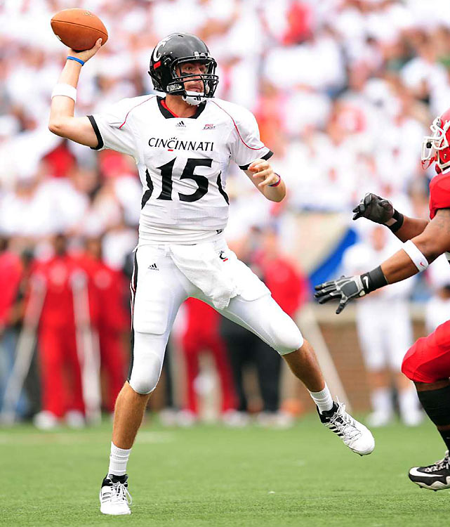 Pike was 27-45 for 170 yards and 3 touchdowns in the Bearcats 51-24 loss to Florida in the 2010 Sugar Bowl. He has big-time arm strength, zip on his throws, and all the physical tools to be a solid pro quarterback. But the Cincy gunslinger has to work on his field vision and accuracy.