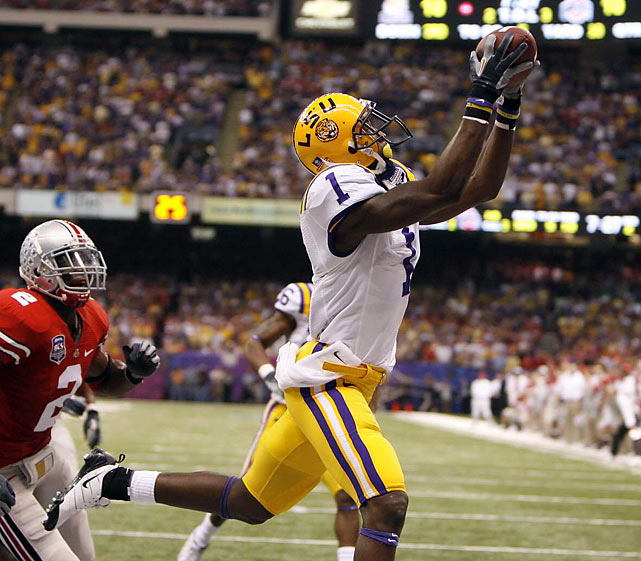 11 of LaFell's 57 catches last season were touchdowns, proving the Tiger wideout has potential. LaFell has athletic frame and good hands, but lapses in focus sometimes lead to drops in college, and he doesn't have top-end speed for the position.