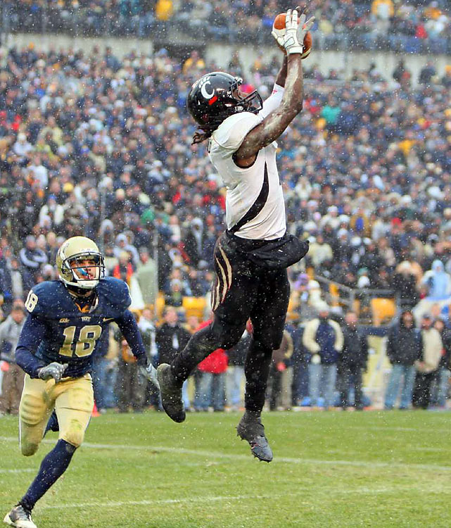 Mardy Gilyard was one of the most productive receivers in college football in '09, finishing the season with 87 receptions, 1,191 yards and 11 touchdowns while helping lead the Bearcats to a BCS bowl game. The athletic wideout is a nightmare to tackle after the catch, but is small for the pro game and doesn't block well.