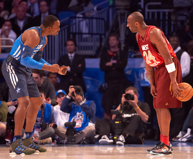 Howard defends Kobe Bryant at the 2012 All-Star Game. Or is Kobe convincing Dwight to join the Lakers?