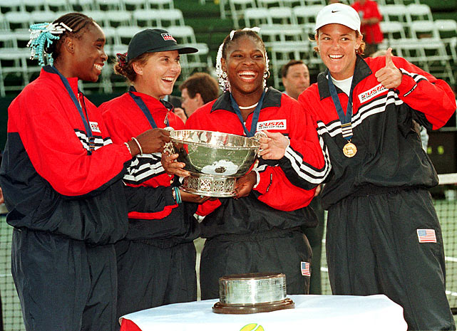 Venus and Serena, pictured here with Lindsay Davenport and Monica Seles, helped lead the U.S. in its 4-1 victory against Russia in 1999.