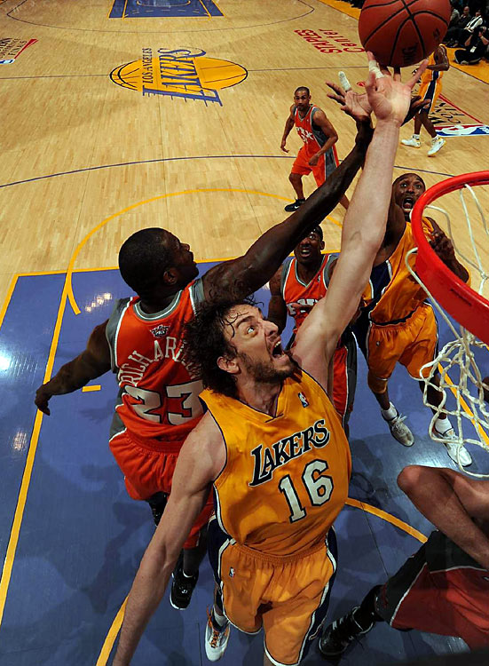 While Gasol led all scorers Wednesday, Phoenix's Jason Richardson finished with a team-high 27 points on 10-for-17 shooting.