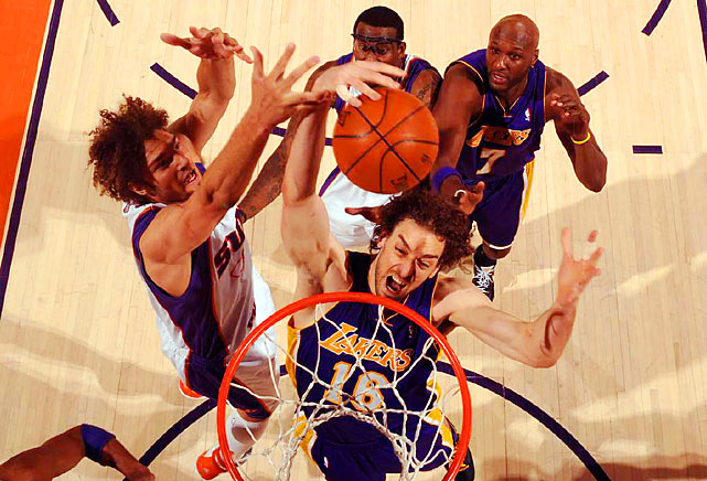 Despite being outplayed by Stoudemire, Gasol had another productive outing for the Lakers, finishing with 23 points and nine rebounds.