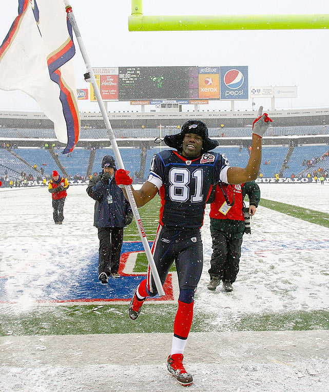 Since his one-year experiment as a Buffalo Bill ended, wide receiver Terrell Owens has fallen out of the NFL spotlight, going unsigned through the free-agency period. Though still team-less, T.O. has kept himself more than occupied this offseason.