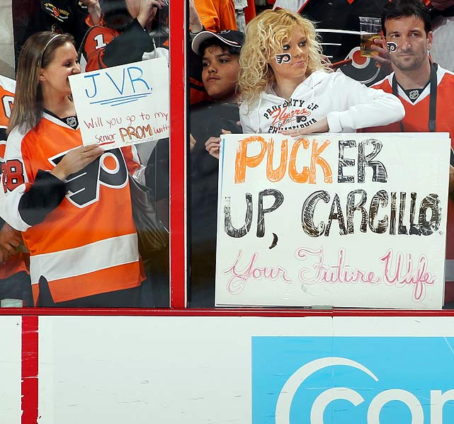 As this Flyers fan demonstrates, the ladies cotton to rugged types like Philadelphia's Daniel Carcillo, whose two front teeth are missing.