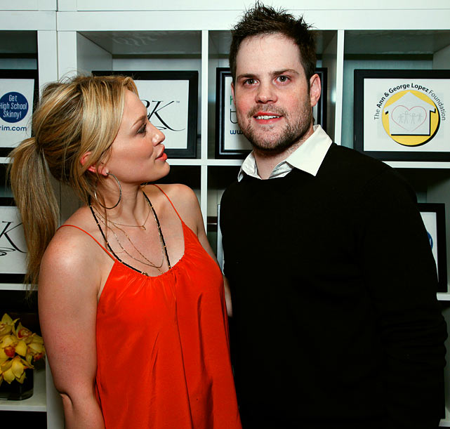Mike Comrie is a grinder.  And we're not talking about a gritty fourth-liner.  According to the National Enquirer (so take it with a grain of salt), the hockey player grinds his teeth so badly, fiancee Hilary Duff has trouble getting her beauty sleep. Although the noise has caused the two to sleep in different rooms, don't worry, a medical fix is hopefully on the way.