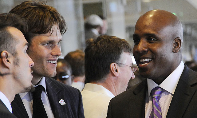 The next day, at the Derby, Brady was spotted chatting up former major leaguer Barry Bonds.