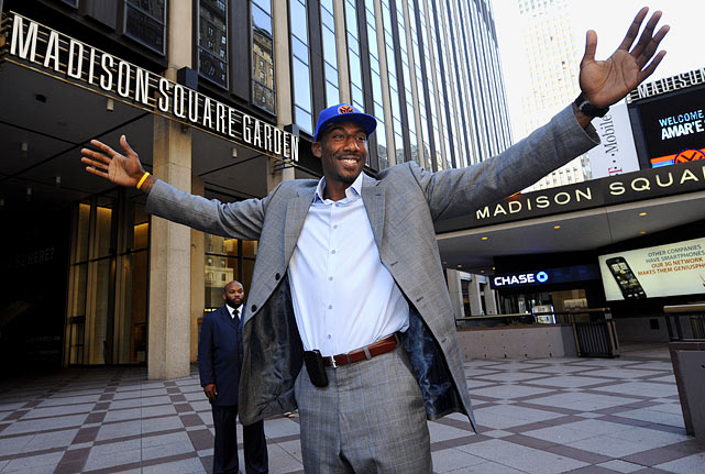 After eight years in Phoenix, Amar'e Stoudemire moved to New York thanks to a five-year, $100 million contract. The Knicks had hoped to lure LeBron James with their cap space but settled on Stoudemire, who averaged 21.4 points and 8.9 rebounds with the Suns and formed a deadly pick-and-roll combination with two-time MVP Steve Nash. The deal with the Knicks reunited Stoudemire with former Suns coach Mike D'Antoni.