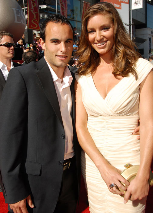 Donovan and then-wife Bianca Kajlich arrive at the 2007 ESPY Awards in Hollywood.