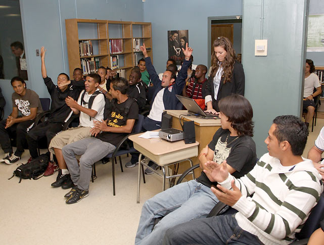 Donovan hangs out with a group of students from MLK Jr. High in New York City.